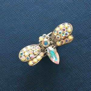 Sparkly, iridescent bee hairclip